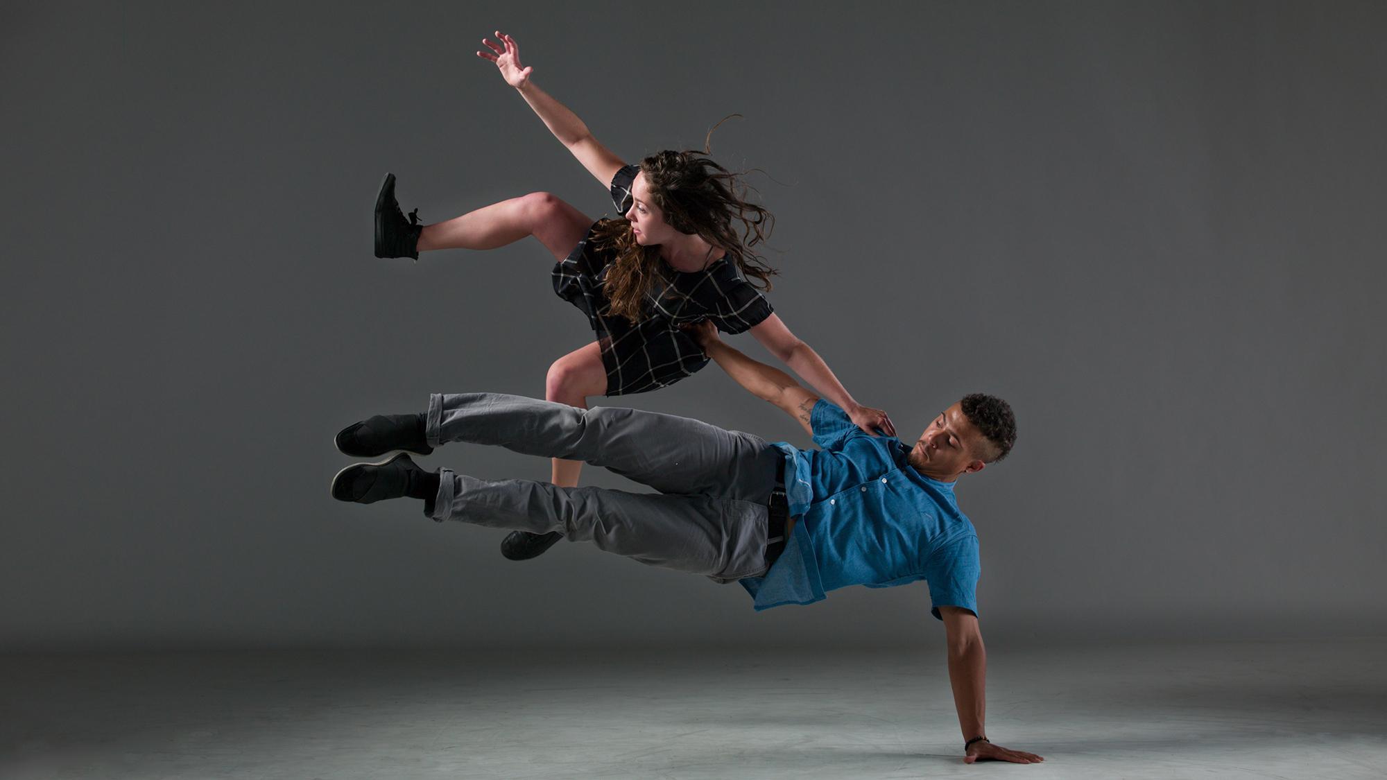 Shay Kuebler - Danse Danse