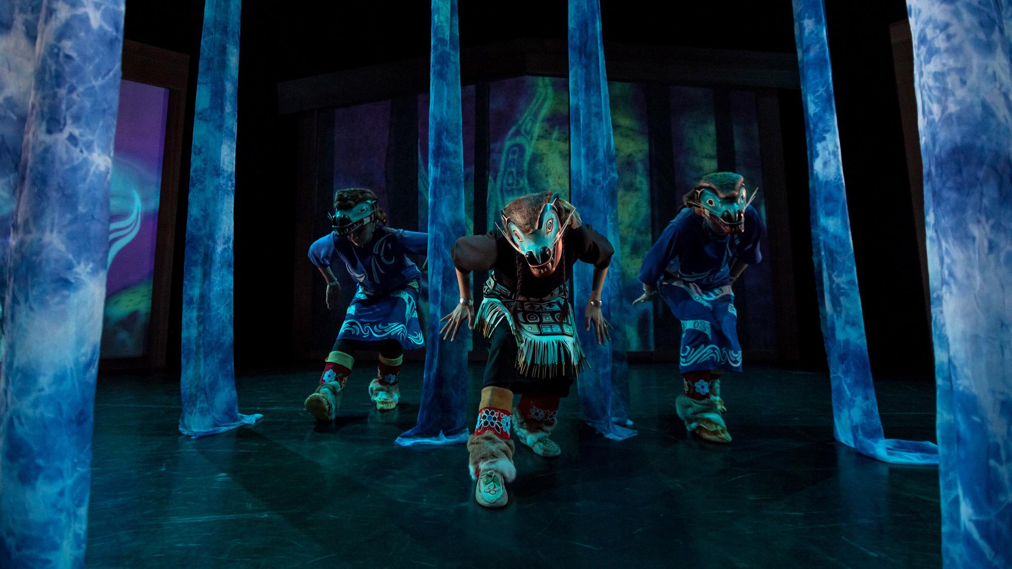 Dancers of Damelahamid - Danse Danse