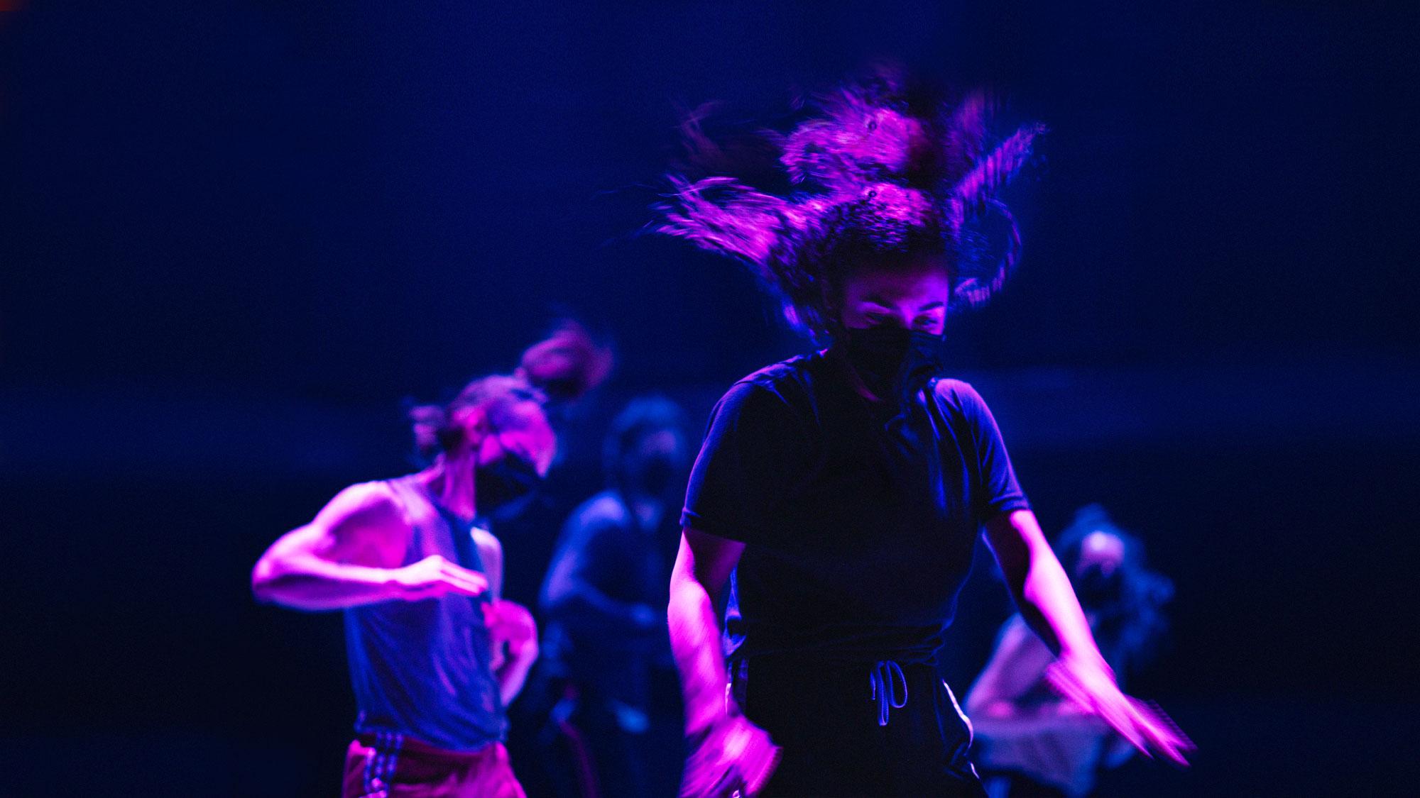 PARTS+LABOUR_DANSE Photo © Bobby León. Interprète Léna Demnati.
