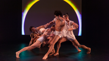 © David Hou Compagnie Red Sky Performance